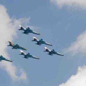 中国メディア:台湾海峡中間線など存在しない。解放軍戦闘機は「中間線」ではなく、台北の上を飛ぶようになる!