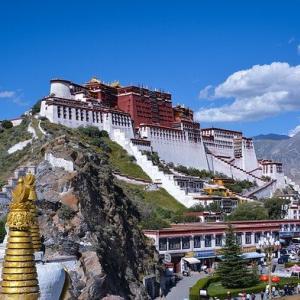 中国共産党は少数民族の同化を加速させている。 チベット、ウイグル、モンゴル、、、