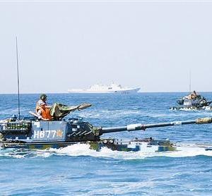 台湾軍の射撃訓練にぶつけて、中国人民解放軍が南シナ海で演習