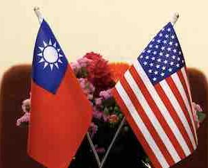台湾で蔡英文総統とも面会した米国代表团が台湾訪問を終えて帰国