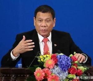 フィリピンにも中国と同様に、領有権を主張する島に施設を建設する権利があると主張