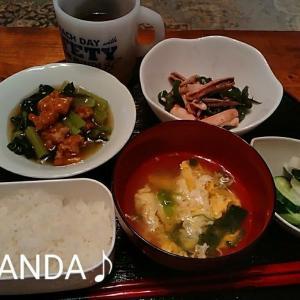 夜家事って😂NET🔍🛒入れ直し凹む💦イカピーマン醤油炒め.小松菜ちぎり揚げあん.スープ漬物