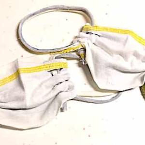 超簡単!縫わないマスクの作り方!不要なTシャツとハサミだけで作る。