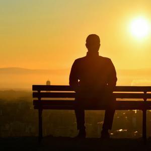 【若年層】死因の一位が「自殺」先進国で日本のみ…深刻な事態 社会不安の情報発信控えるべき…