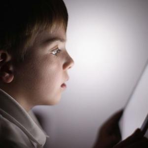 【教育】iPad届いたのに制限だらけ 学校間で広がるIT格差