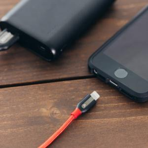 【充電】モバイルバッテリーの事故が多発 連絡不能な業者巣くうネット販売