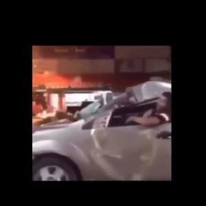 ドライブレコーダーの面白動画&衝撃事故動画