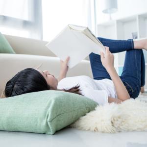 おうち時間、読書スタイル・読書アイテム