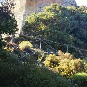 Rocca Sillana ピサ県内にある丘の上の城塞へ