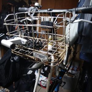 アサヒサイクル アサヒサイクル D型特大バスケット(ワイヤー&メッシュ) ブラックメタル を装着