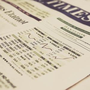 各国の株式市場にみる新型コロナウイルスと経済の関係性