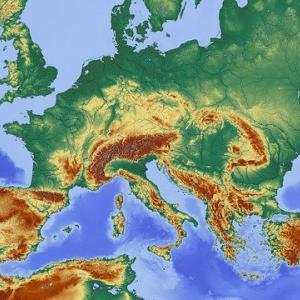 オランダにはエアコンがない? 日本の主要都市とヨーロッパの主要都市の緯度比較