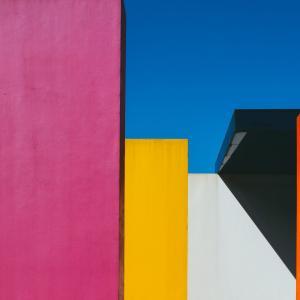 色相・明度・彩度!色の三属性と対比効果・色のパターンを紹介‼