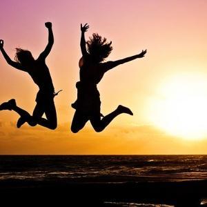 【幸せに働く考え方】必要不可欠な4つの条件って?