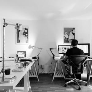 WEBデザイナーは儲かるの?就職先はキツイって本当?