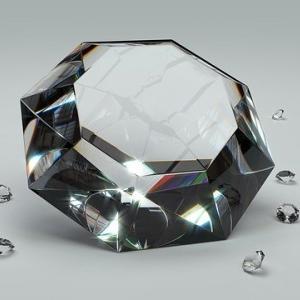 宝石の販売って儲かるの?ジュエリー業界の現実や開業資金の目安について。