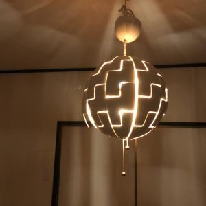 IKEAのPS 2014のデザインに一目ぼれ。SFチックでなかなか見かけず個性的