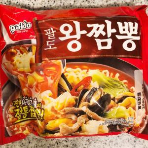 スーパーで釣られて買った韓国ラミョン!
