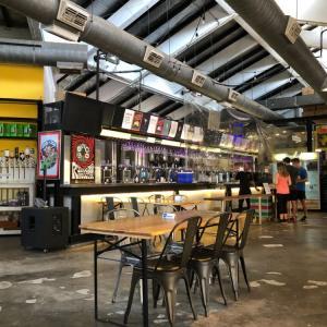 シンガポールのクラフトビール:チャンギビレッジで1周年に乾杯!