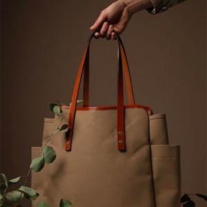 無印良品 番外編 バッグマニアの妻が認めた「美しい帆布のトートバッグ」
