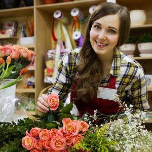 お花屋さんがおすすめする8月に飾って欲しいお花