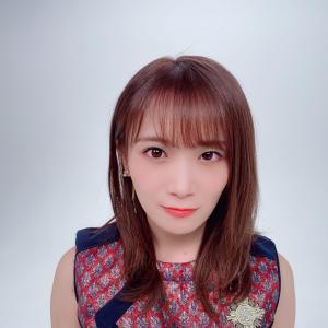 秋元真夏2nd写真集、先行カットのグラビア!!