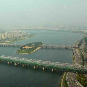 漢江に架かる最初の橋「漢江鉄橋」と「漢江大橋」!新しい観光スポットも紹介!