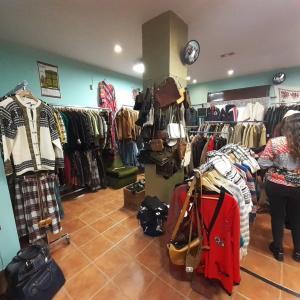 グラナダの古着屋さんLa Buhardilla Vintage