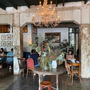 バンコク・ラチャダムヌン付近のおしゃれカフェ『Buddha & Pals』