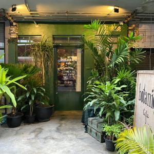 バンコクの隣県・サムットプラカーンのサムローンにあるカフェ『botanica cafe』