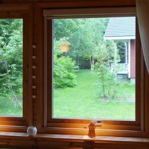 木製回転窓との再会。