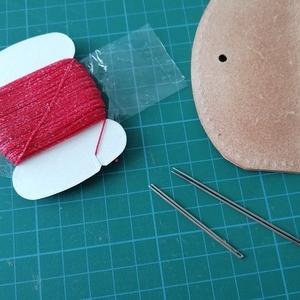 縫い糸の通し方