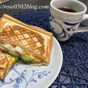 芍薬・紫陽花・朝ごはん(ハム卵きゅうりホットサンドレシピ)・お昼ごはん