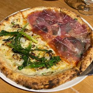 季節物も定番も欲張る宴(Pizza 4P's ハノイ)