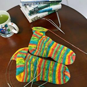 【編みむめも】雨なので籠って編みました