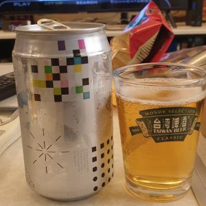 【比】台湾総統就任記念酒の台湾ビールとノンアルビール