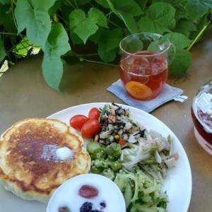 日曜日の朝ごはんと、今週の常備菜