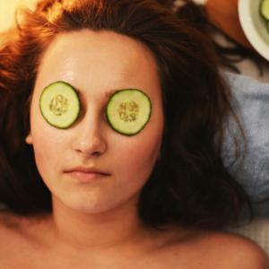 卵巣摘出、お顔の肌質の手触りを変える