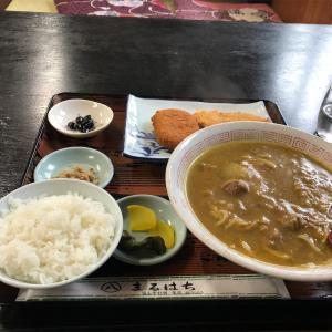 「まるはち」のカレーラーメン定食