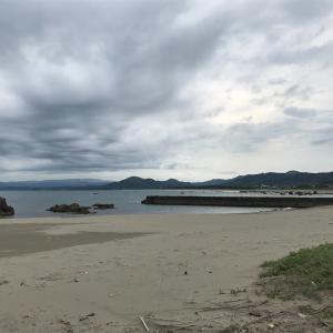浮津海水浴場とキャンプサイトと海の家