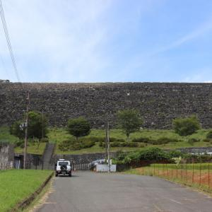 黒川ダム【兵庫県】右岸にあった風車はもうありません