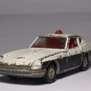 ポンコツでも、私にとっては宝「フェアレディZ パトロールカー」
