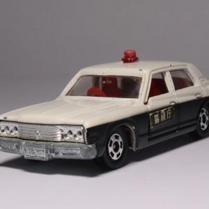 お馴染み「クラウン パトロールカー」