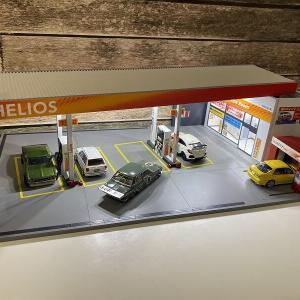 【1/64スケールジオラマ】ガソリンスタンド(アトリエC.V.S製ポリタンク・ミニローリータンク)コラボレーションセット