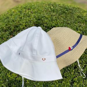 【親子リンクコーデ】ファミリアの夏用帽子。