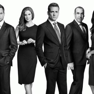 「SUITS シーズン8」最高に面白い法廷ドラマ。あらすじと今後の展開は?