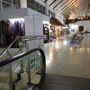 ラオス 最終日 ルアンパバーン空港へ  空港はこんな感じです