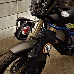 【フロントキャリア ワンオフ製作】MOTORCYCLE'S BARN 製 ステンキャリアの装着