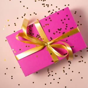 プレゼント企画行います!ブログ開設記念!