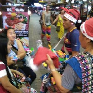 タイ パタヤ滞在  クリスマスはどこも客で一杯